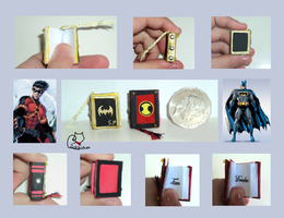 Batman and Red Robin Miniature Books by lilchibichan