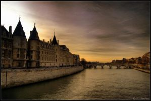The Seine by lomoboy