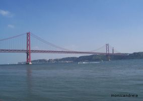 ponte 25 de abril by monicandreia
