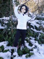 Tree lovin Elf...even in snow by Tamlin-Haven
