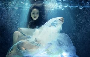 under water by xuhuabing