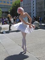 Princess Tutu at Fanime 2010 by Stormfalcon