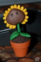 Plants vs. Zombies Sunflower by trollwaffle
