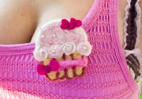 Felted Cupcake Pin by Lethiel