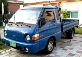 Hyundai Porter Second Generation Truck by toyonda