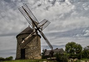 Moulin au Mont Dol by J222R