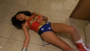Wonder Woman down and out by Game-Over-Girls