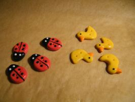 Selfmade Buttons by Mietschie