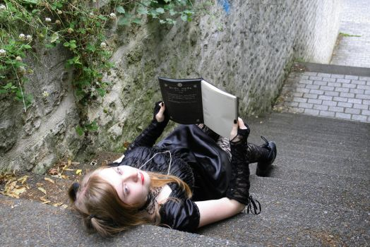 Misa Amane - Death Note Cosplay - VI by Nephelith