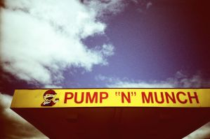 Pump N Munch by futurowoman