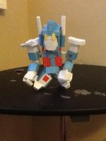 Fully armored chibi ultra magnus papercraft by Lilscotty