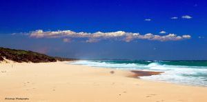 Ninety Mile Beach by Okavanga
