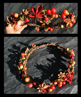 Autumn Leaves Crown. Kanzashi. by hanatsukuri