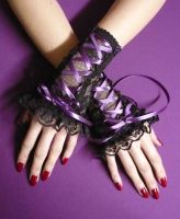 Corset lace gloves purple by Estylissimo