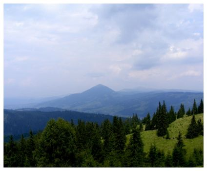 Bucovina mountains by moonangellove