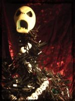 Goth Xmas Tree-closeup by dischordiasnightmare