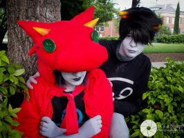 Dragon Cape Terezi and Karkat - AZ 2013 by Caerulas