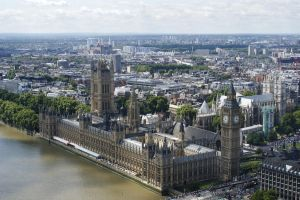 The houses of parliament by stitchyG