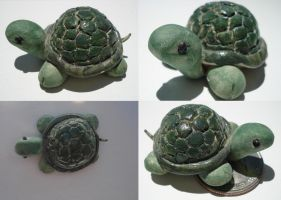 Turtle by tenpieces