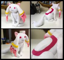 Kyubey Plush by rinchansflower88