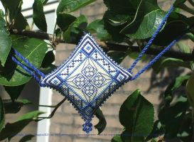 Ornament of the Month - September,  garland finish by Magical525
