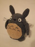 Totoro by PuzzledShorty