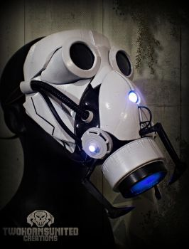 The Aperture Science Portal Gun Gas Mask Mk IV by TwoHornsUnited