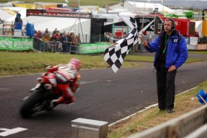 Chequered Flag by DenkMit