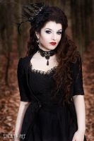 Gothic Girl by la-esmeralda