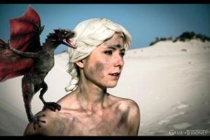 GoT - Mother of Dragons by Evil-Uke-Sora