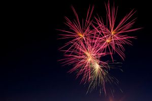 Big Fireworks! Neat Colors! by designerfied