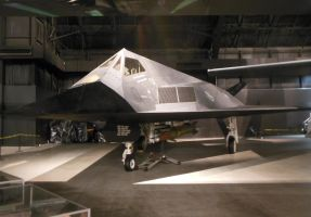 Lockheed F-117A Nighthawk by rlkitterman