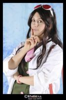 Lovely scientist o/ by IdrilAchfra