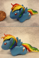 Little Rainbow Dash by Puffleduck