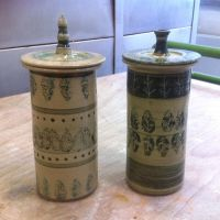 ceramic jars with leaf design by Bubbelcat