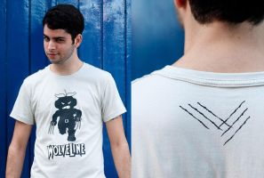 Wolveline T-shirt by ChamaCamisetas
