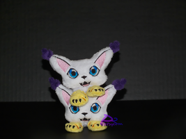 Gatomon Pocket Plushies by kiashone