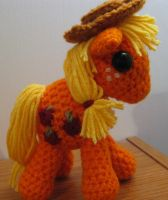 My Little Pony - Applejack with Cutie Mark by kaerfel