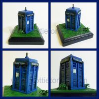 Tardis sculpture by Gimmeswords