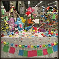 Artist Booth at Big 80's Weekend by oywiththeplushies