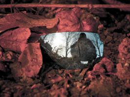 Mirror in the Dust by atfruth