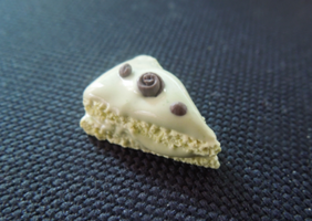 Mini cake slice- Talty style cake :D by claymasey98