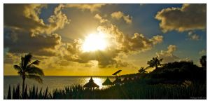 When the sun goes down in Cancun by Phil-67