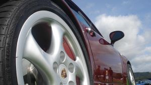 porsche 911 turbo whale tail by shaggly