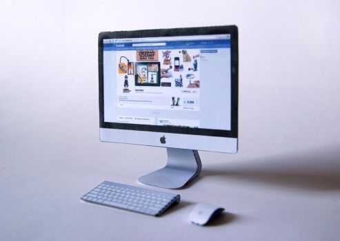 iMac 4.8 Inch Papercraft by kamibox