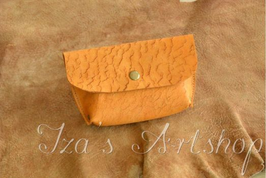 Even Smaller Leather Pouch 'Tierra Seca' by izasartshop