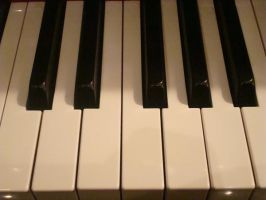 Stock: Piano Keys2 by FantasyFailure-Stock