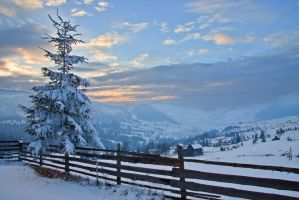 Winter Sunset by lica20