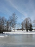 Frozen pond in Raahe..... by vonderwall