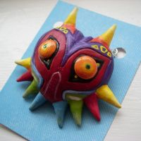 Majora's Mask Pendant Closeup by jloli
